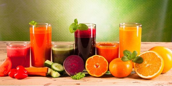Los jugos medicinales se elaboran mayormente con hortalizas y frutas que son las plantas de las que más líquido se puede extraer.